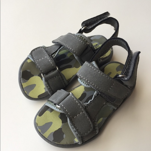 Gymboree Shoes   Baby Boy Khaki Sandals
